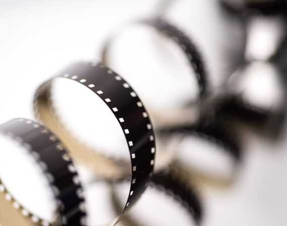 film-2233658_1920